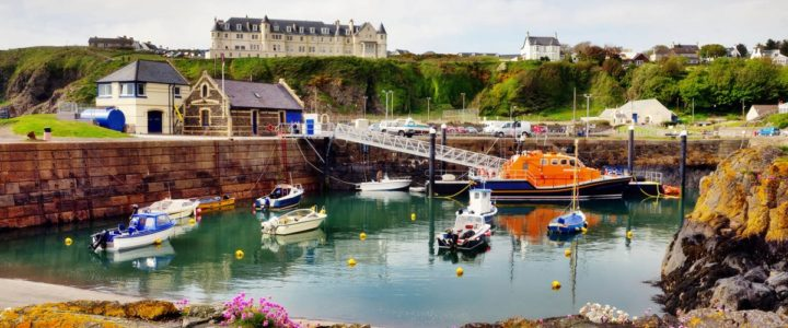 Book and stay at a luxury Loft apartment in Ayr and visit Portpatrick Harbour
